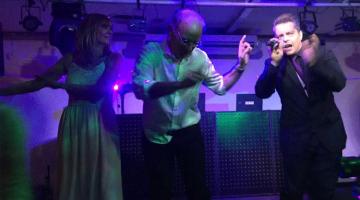 Guillermo Elias en aniversario 30 años de casados + cumpleaños de 60