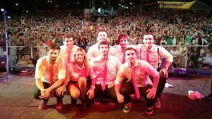 Agapornis en la Fiesta Nacional de la Playa de Rio 2014