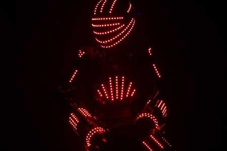 Contratacion de Robot de Leds: Bii Bot Led