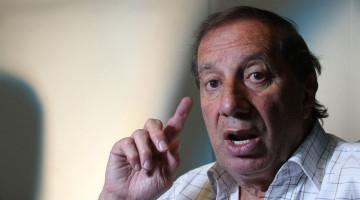 Contrataciones Carlos Salvador Bilardo