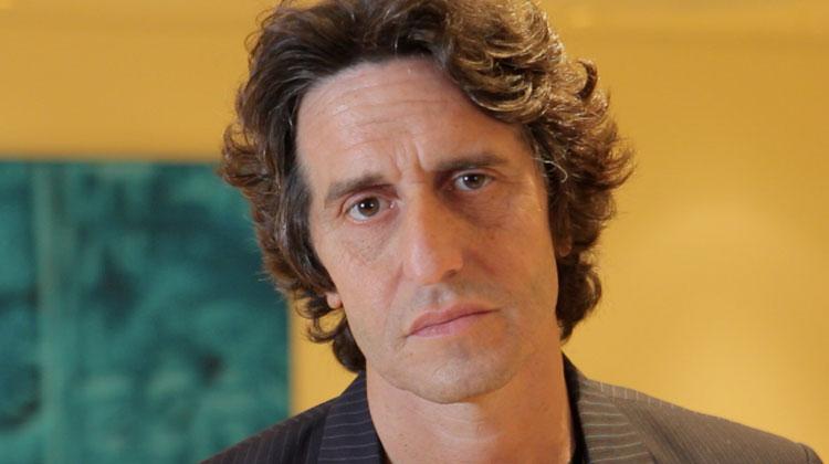 Contrataciones Diego Peretti