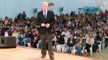 Dr. López Rosetti en el 16º Congreso Regional de Educación, Córdoba