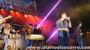 Grupo Play en la Fiesta Provincial del Durazno, Santa Fe