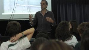 Contratar a Javier Trímboli