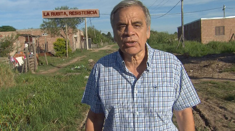 Contratar a Julio Bazán