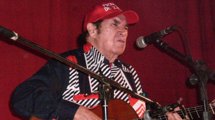 Contrataciones Rodolfo Zapata