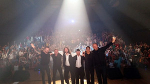 Contratar a Geminis, tributo Bee Gees