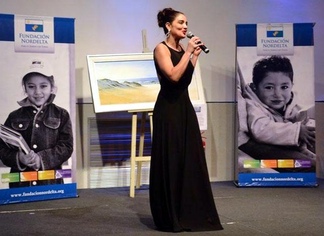 Veronica Varano en la cena solidaria Fundación Nordelta 2014