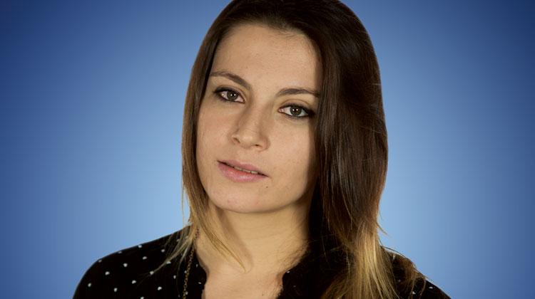 Contrataciones Ángela Pereyra