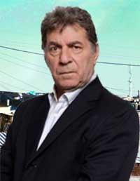 Carlos Moreno se inicio como artistas en La Plata, mudandose luego a Capital, donde estudio con Carlos Gandolfo, Augusto Fernandes, Agustin Alezzo y Hedy ... - contratar-a-carlos-moreno
