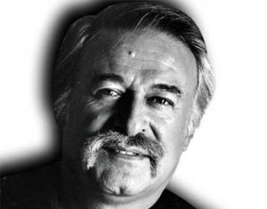 Contratar a Cesar Isella