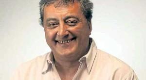 Contratar a Claudio Rissi