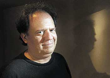 Contratar a Guillermo Arengo