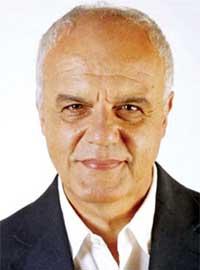 Contratar a Juan Leyrado