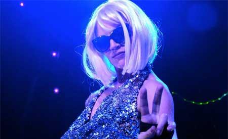 Contratar a Lady Dance, tributo a Lady Gaga