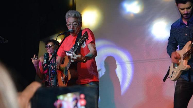 Contratar a Marcelo Moura