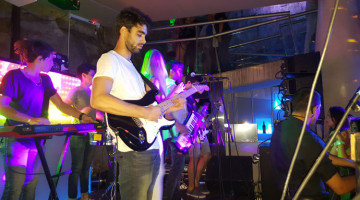 Show de Migrantes en Sethai, Mar del Plata