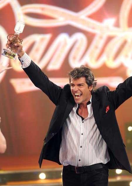 Contratar a Patricio Gimenez - Cantando 2011