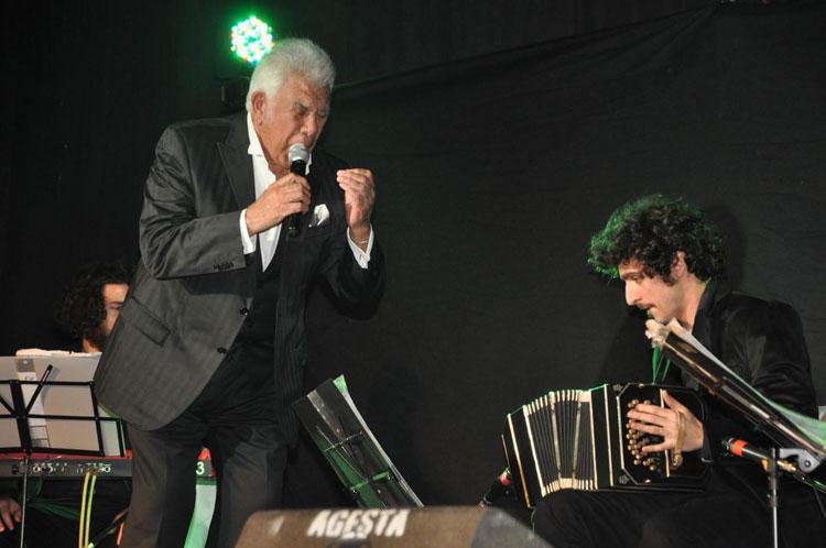 Contrataciones Raúl Lavié