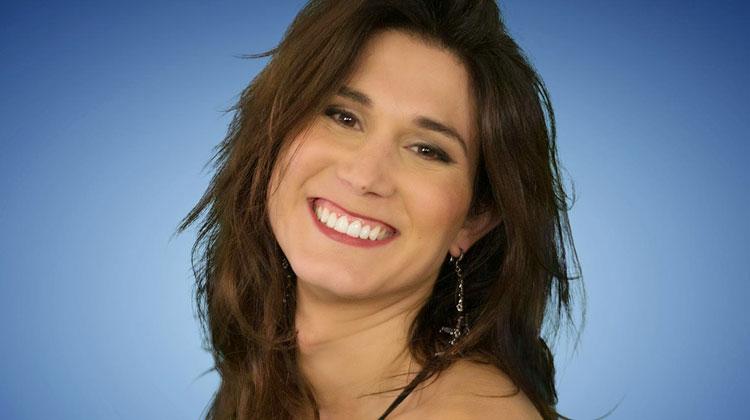 Contrataciones Valeria Licciardi