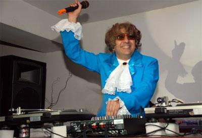 Contratar DJ de musica ochentosa