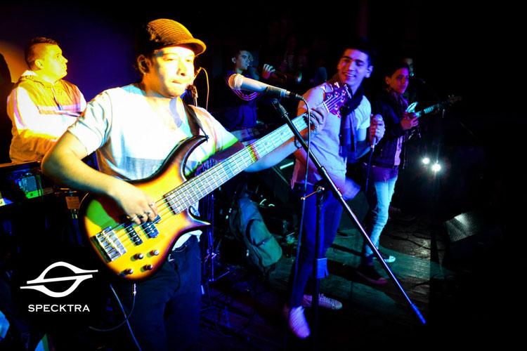 Grupo Play en Spektra Disco de Pergamino