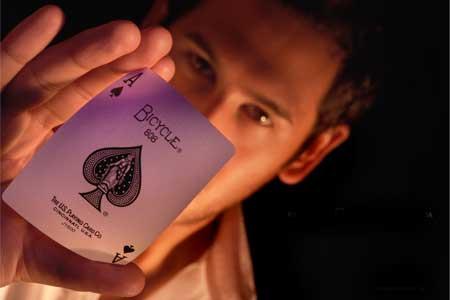 Contratar al Mago e ilusionista, Raul Pintos