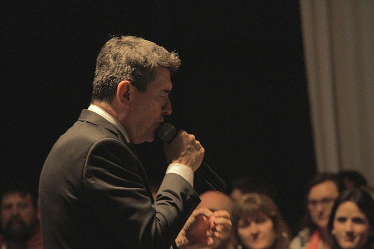 Contratar a Miguel Ángel Cherutti