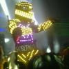 Contrataciones RoberMan, robot de led luminoso