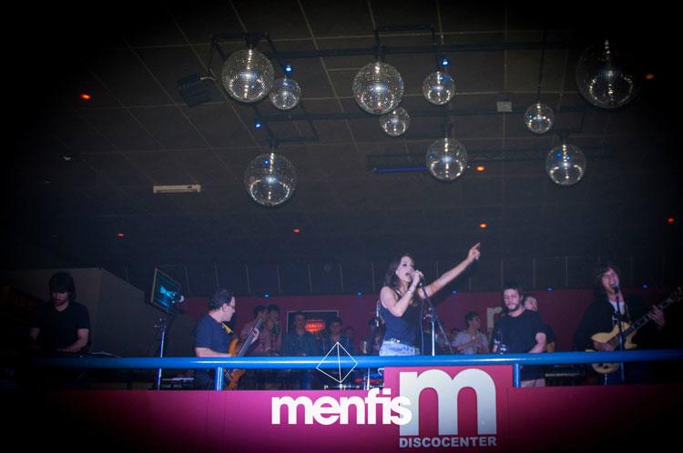 Cumbia Cool por el Día del amigo en Mefis Discocenter