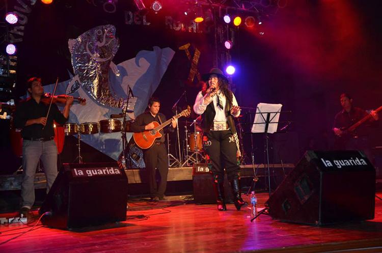 Daiana Markovich en la Fiesta del Róbalo 2014