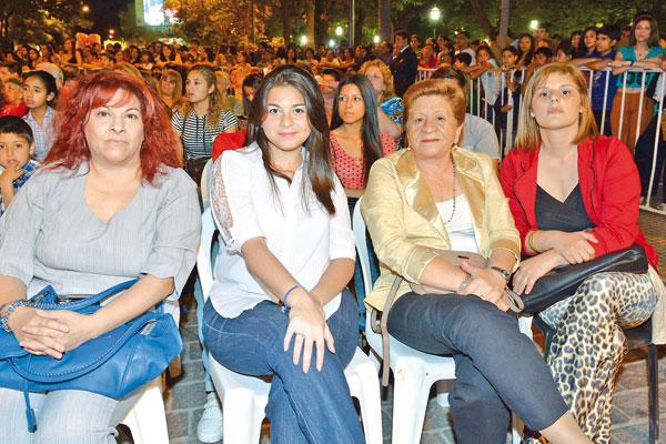 Rodrigo Guirao Diaz en la elección de la Reina de la Ciudad de Santiago del Estero