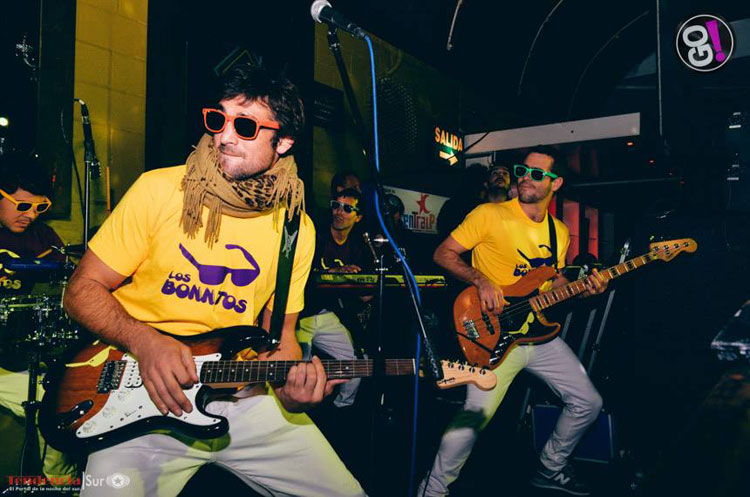 Los Bonnitos, show en Go Disco