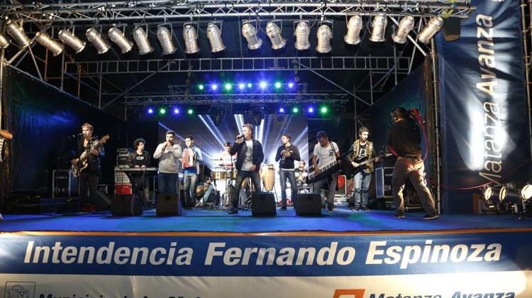 Los Totora - inauguración Plaza San Martín en San Justo