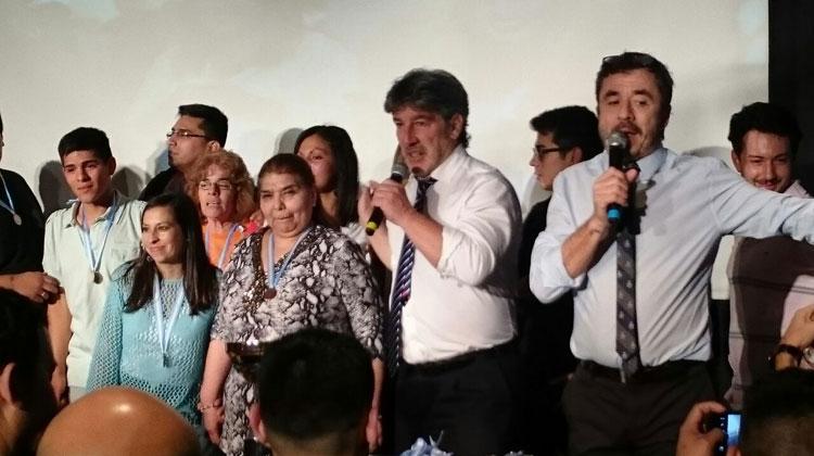 Contratar a Pablo Granados y Pachu Peña