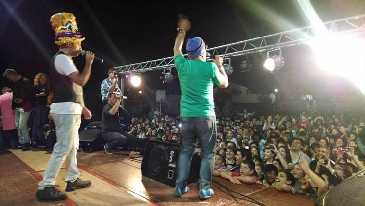 Humoristas de Peligro Sin Codificar en el Día del Niño en Chivilcoy